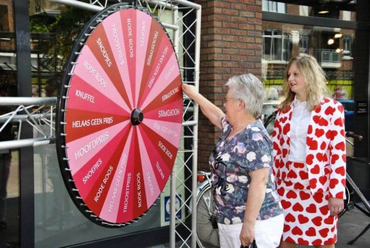Wheel of Love actie