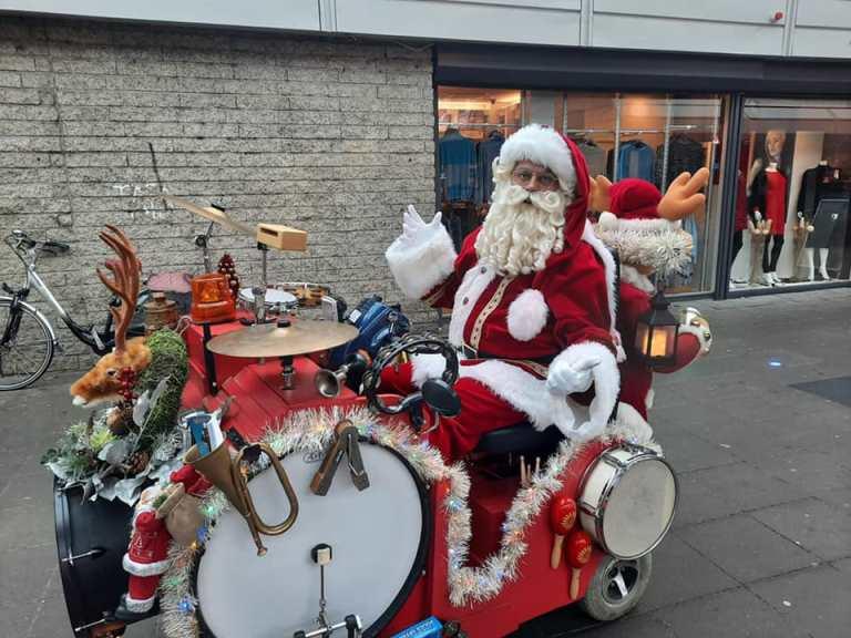 muzikale Kerstman huren